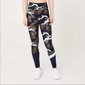 The Upside Camouflage Leggings Size Small